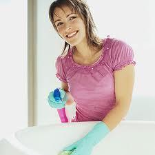 jak wyczyścić wannę, czyszczenie wanny, sprzątanie łazienki, czyszczenie wanny bezchemii, czyszczenie wanny domowe sposoby, pożółkła wanna, szorowanie wanny, czyszczenie wanny solą
