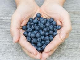jak zamrażać jagody, jak zamrażać maliny, jak zamrażać owoce leśne, mrożenie jagód, jak mrozić maliny