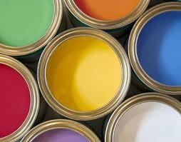 farba domieszkania, farba akrylowa, jaką farbą malować, farba olejna, czym malować ściany, farby zatestem