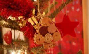 ozdoby świąteczne ręcznie robione, ozdoby świąteczne, ozdoby świąteczne zpapieru zrób tosam, ozdoby świąteczne jak zrobić, ozdoby świąteczne boże narodzenie, ozdoby świąteczne zpapieru, ozdoby świąteczne jak zrobić samemu, ozdoby nachoinkę ręcznie robione zpapieru, ozdoby nachoinkę zpapieru, jak zrobić ozdoby nachoinkę, ozdoby nachoinkę ręcznie robione, ozdoby nachoinkę zrób tosam, ozdoby świąteczne DIY, ozdoby nachoinkę diy, boże narodzenie ozdoby, ozdoby zkorka, choinka zkorka, bombki zkorka