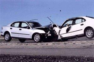 wypadek,świadek wypadku, wypadek pierwsza pomoc, resuscytacja, masaż serca, sztuczne oddychanie, pomoc przy wypadku drogowym