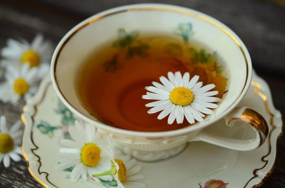 maseczka oczyszczająca naskórę, maseczka natwarz, maseczka nawągry, maseczka rozszerzająca pory, maseczka zherbaty ialoesu, maseczka rumiankowa, maseczka zzielonej herbaty