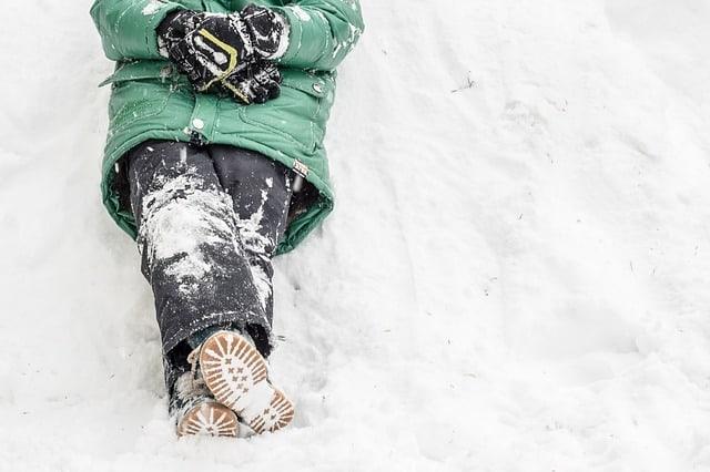 ferie zimowe, organizowanie ferii zimowych dziecku, jak zorganizować ferie zimowe dziecku