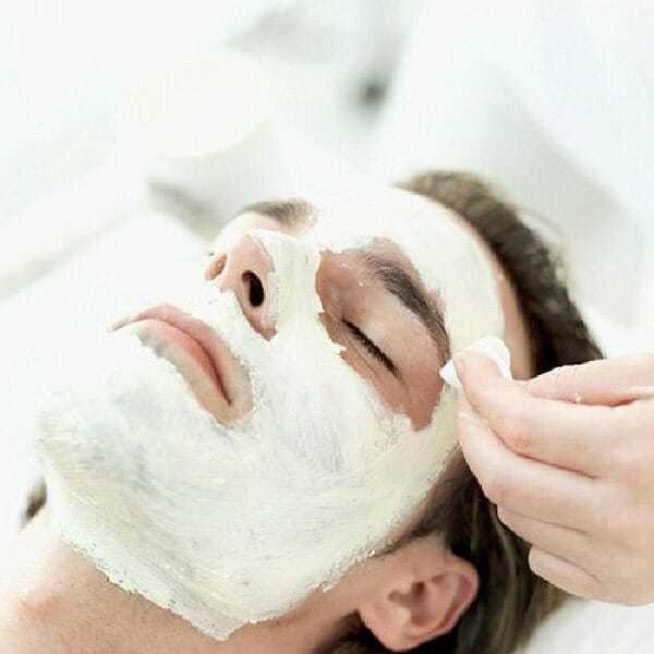 domowe oczyszczanie skóry, domowe toniki doskóry, jak zrobić maseczkę dotwarzy,
