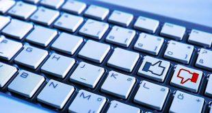 jak wyczyścić klawiaturę, jak czyścić klawiaturę, czyszczenie klawiatury, jak rozebrać klawiaturę, środki do czyszczenia klawiatury