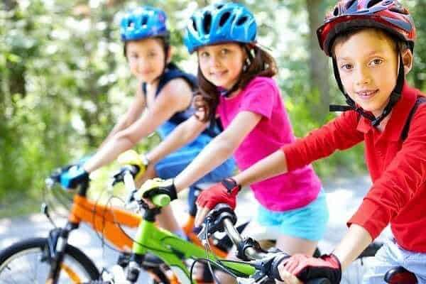 Jak zorganizować wakacje dla dzieci, organizowanie wakacji dla dzieci, wakacje dla dziecka, organizacja wakacji dla dzieci, co robić zdziećmi wwakacje